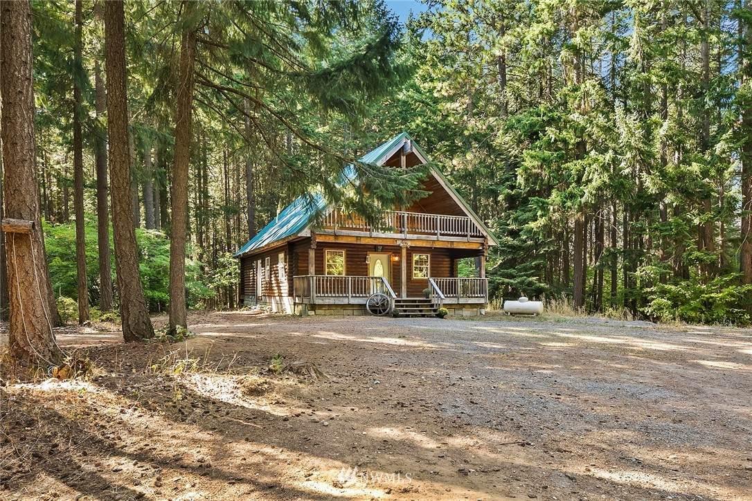 551 Pioneer Trail - Photo 1