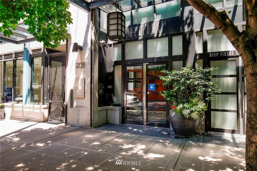 2716 Elliott Avenue - Photo 1