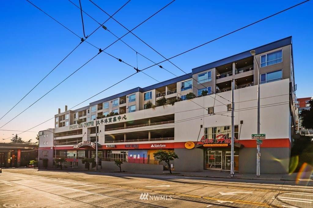 321 10th Avenue - Photo 1