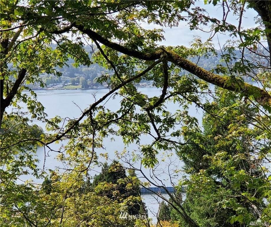 1600 Lake Washington Boulevard - Photo 1