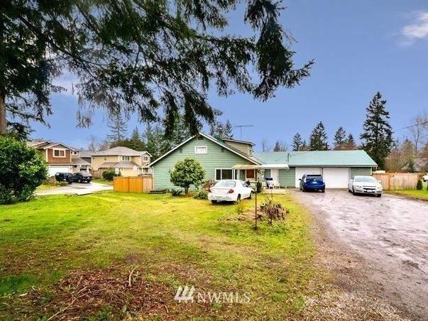 17130 13th Avenue W, Lynnwood, WA 98037 (#1787663) :: Ben Kinney Real Estate Team