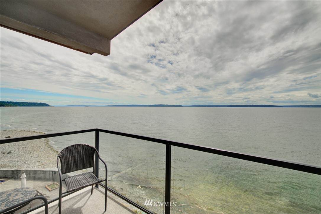 4119 Beach Drive - Photo 1