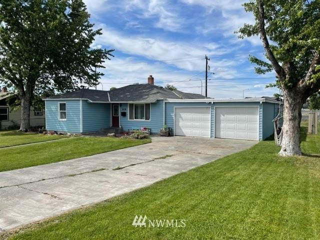408 W Loop Drive, Moses Lake, WA 98837 (#1789378) :: Northwest Home Team Realty, LLC
