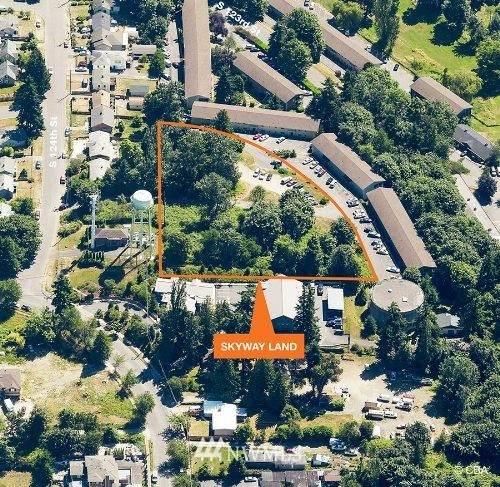 6950 S 123rd Street, Seattle, WA 98178 (#1791525) :: NextHome South Sound