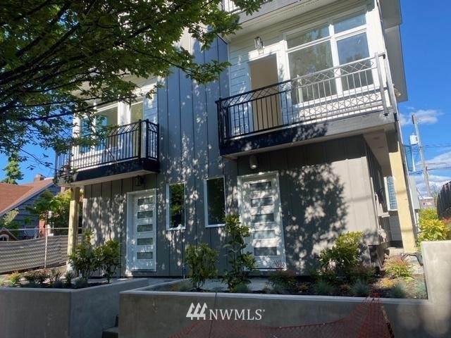 9238 35th Street SW E, Seattle, WA 98126 (#1795415) :: The Royston Team