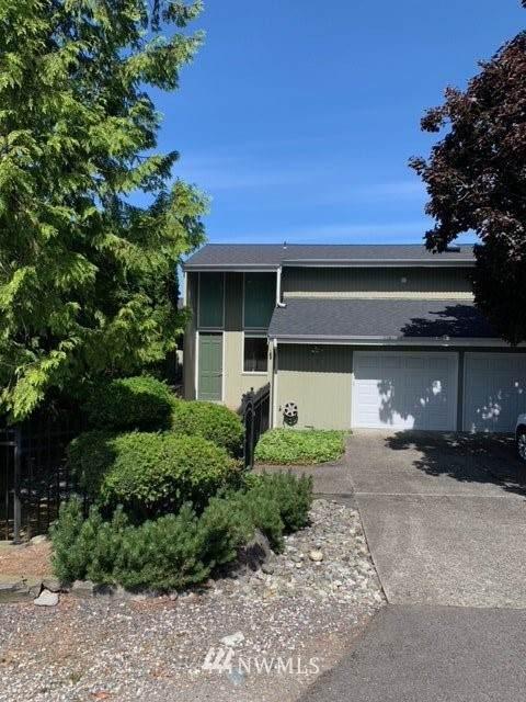9064 NE 33rd Street, Yarrow Point, WA 98004 (#1796216) :: Better Properties Real Estate
