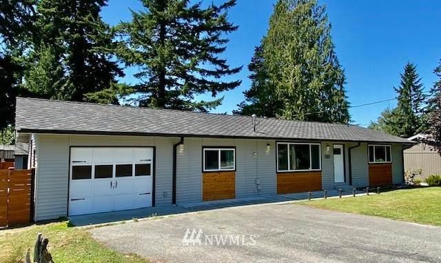 295 Scotland Drive, Camano Island, WA 98282 (#1798607) :: Alchemy Real Estate