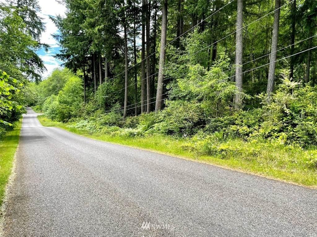 9806 Otso Point Road - Photo 1