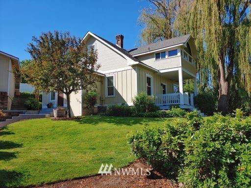 1228 Playfield Avenue, Prosser, WA 99350 (#1800111) :: Tribeca NW Real Estate