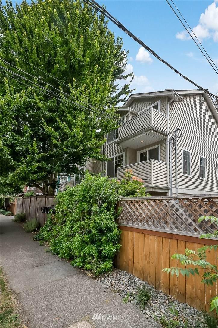 8546 A Midvale Avenue - Photo 1