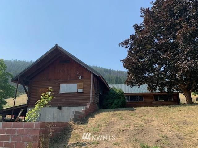 413 Pine Creek Road, Tonasket, WA 98855 (#1800977) :: Stan Giske