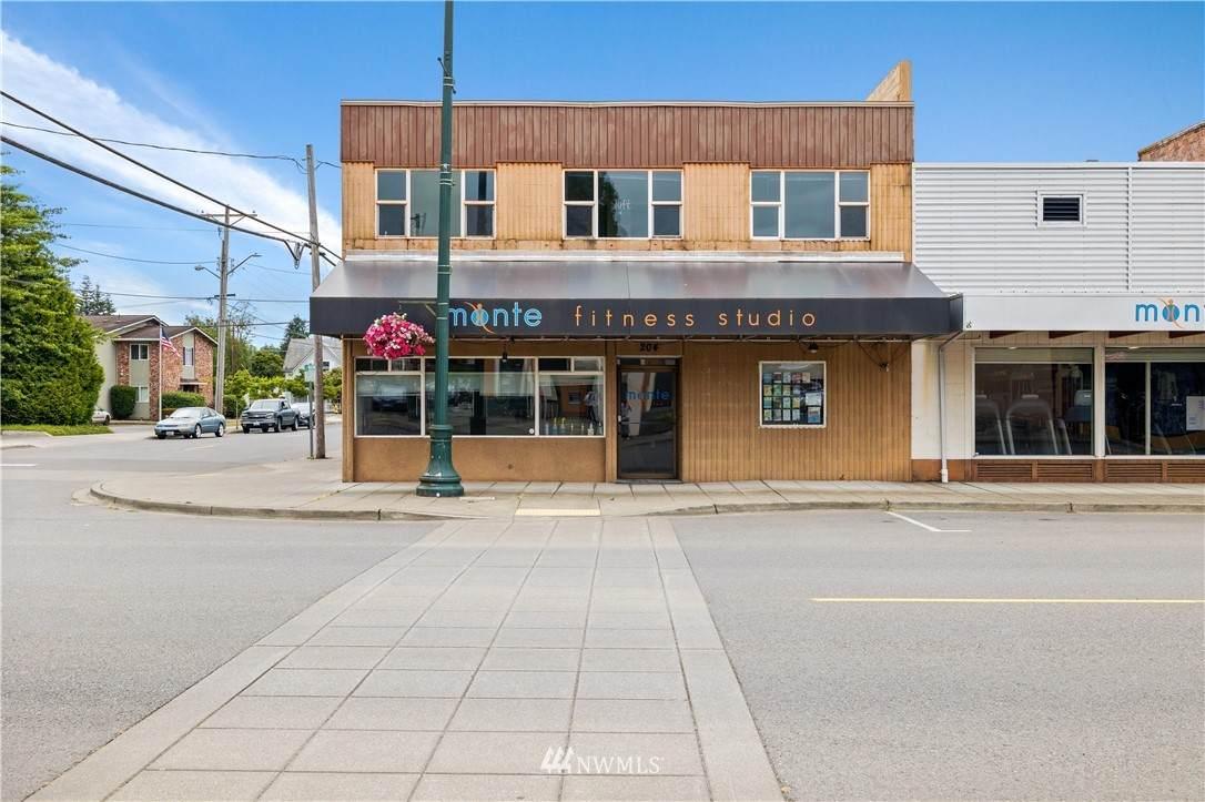 105 Marcy Avenue - Photo 1