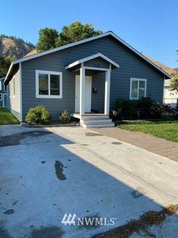 214 Perry Street, Cashmere, WA 98815 (#1802037) :: Ben Kinney Real Estate Team