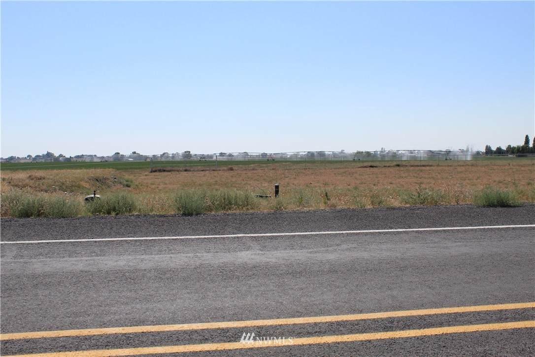 2948 Westshore Drive - Photo 1