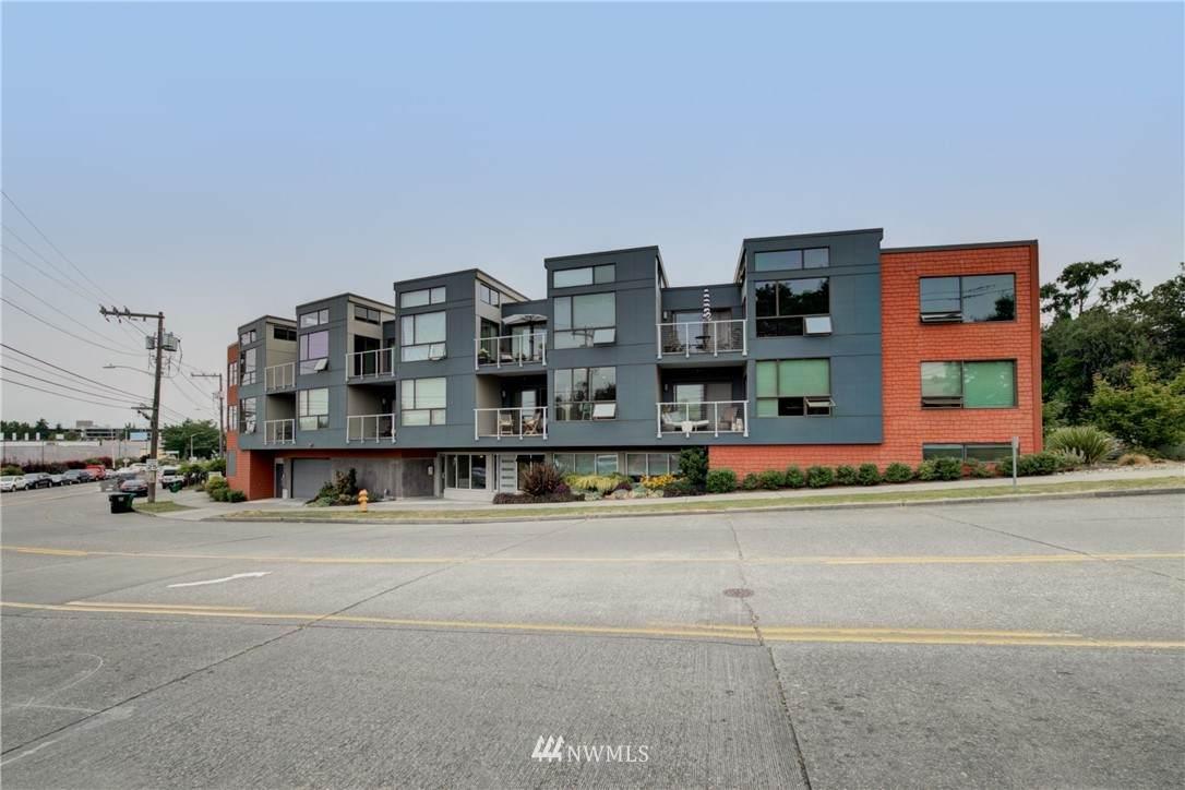 6006 Seaview Avenue - Photo 1