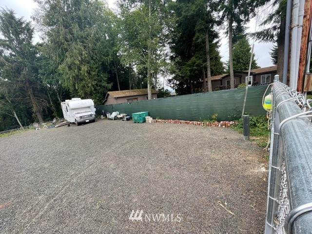 5 Olive Road, Cathlamet, WA 98612 (#1803662) :: Lucas Pinto Real Estate Group