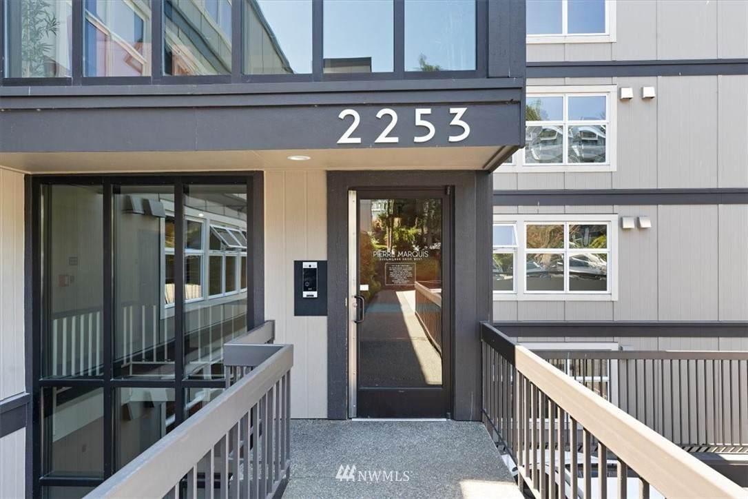 2253 Gilman Drive - Photo 1