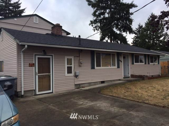 1632 114 Street, Tacoma, WA 98444 (#1807014) :: Priority One Realty Inc.