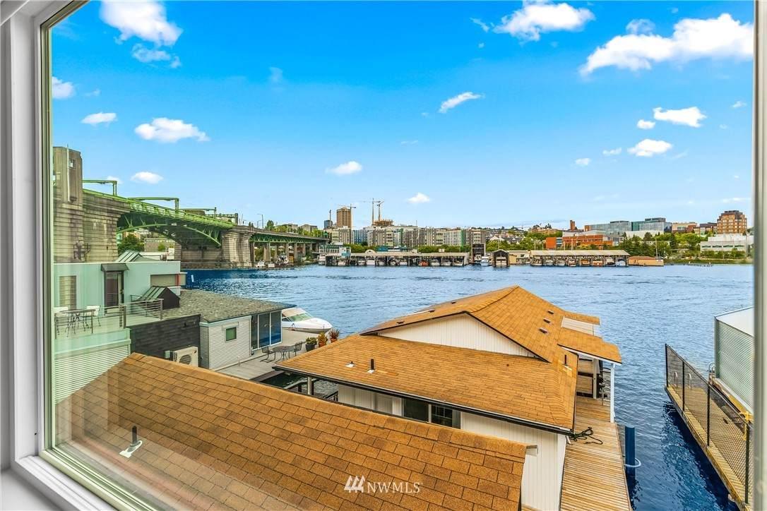 3250 Portage Bay Place - Photo 1