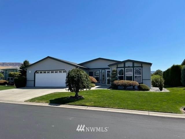 564 Canyon Drive, East Wenatchee, WA 98802 (#1811323) :: Keller Williams Western Realty