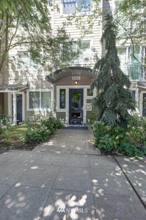 1220 E Columbia Street #104, Seattle, WA 98122 (#1811368) :: The Shiflett Group