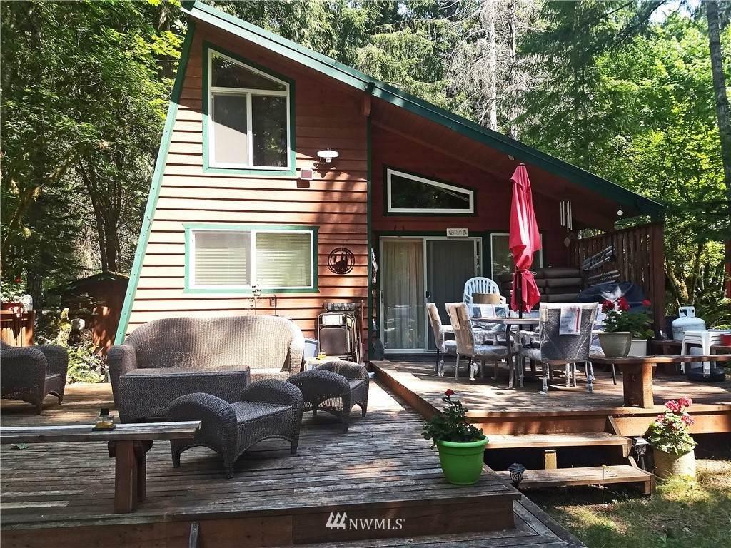 64060 Cascade Drive - Photo 1
