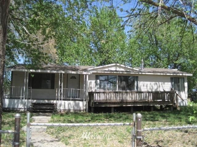 201 E Second St, Prescott, WA 99348 (#1815788) :: Ben Kinney Real Estate Team