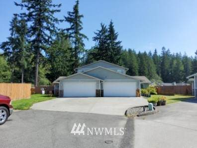 15915 58th Avenue Ct E, Puyallup, WA 98375 (#1816638) :: Better Properties Real Estate