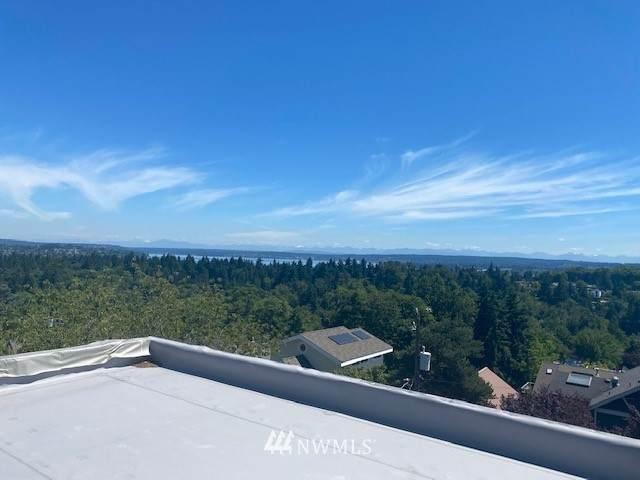 2470 E Helen Street, Seattle, WA 98122 (#1816982) :: Provost Team | Coldwell Banker Walla Walla