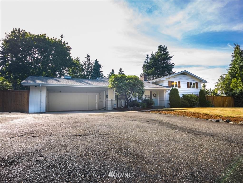 1605 Horizon Drive - Photo 1