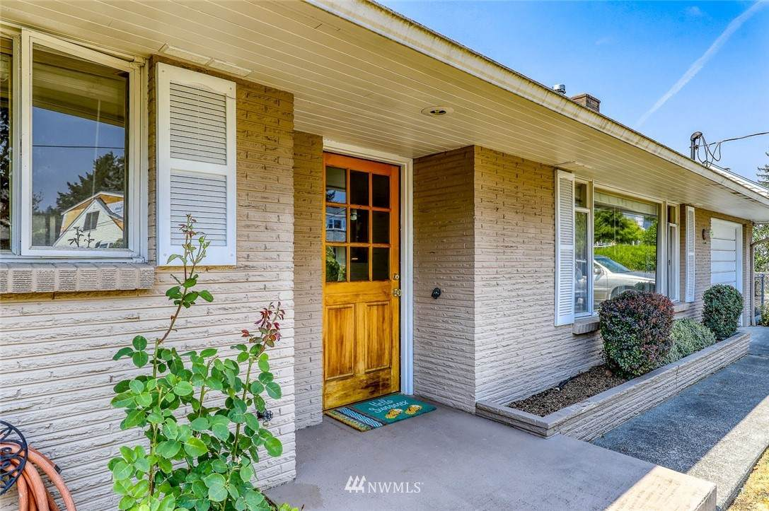 18379 Nelson Place - Photo 1