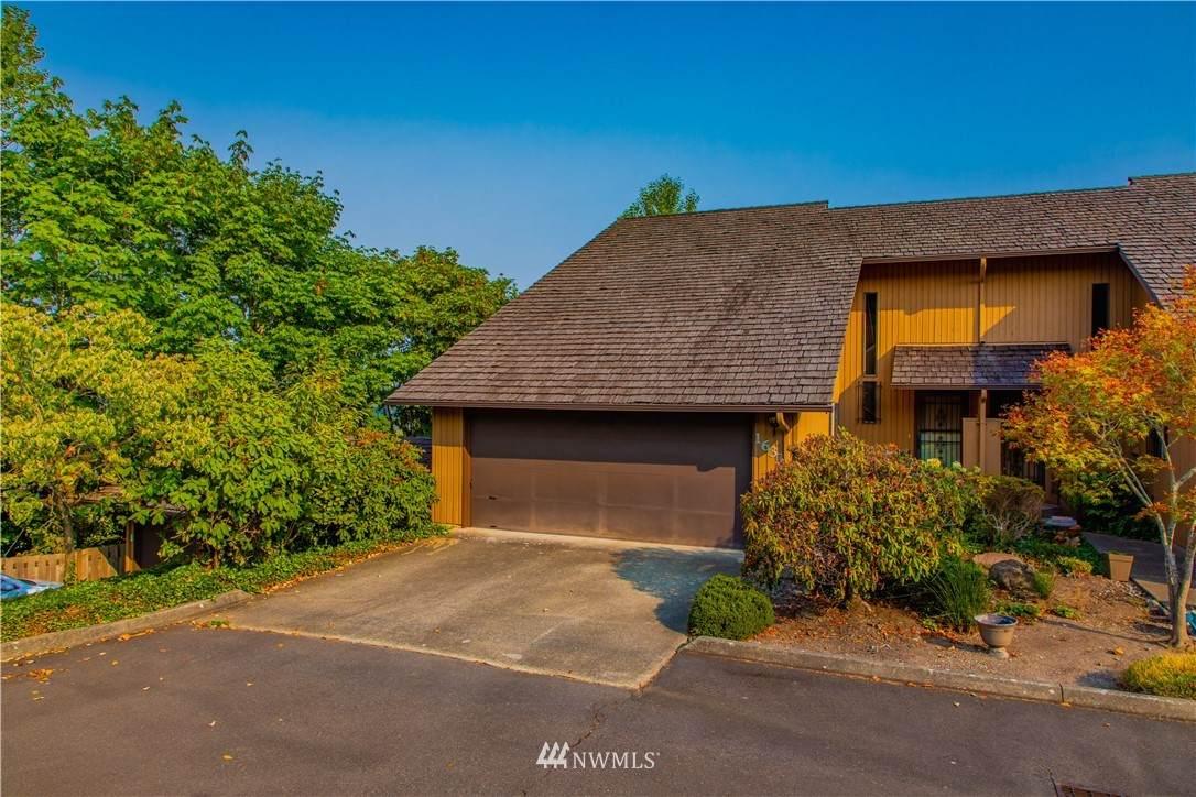 1633 Eagle Ridge Drive - Photo 1