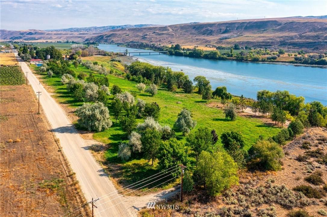 308 Monse River Road - Photo 1