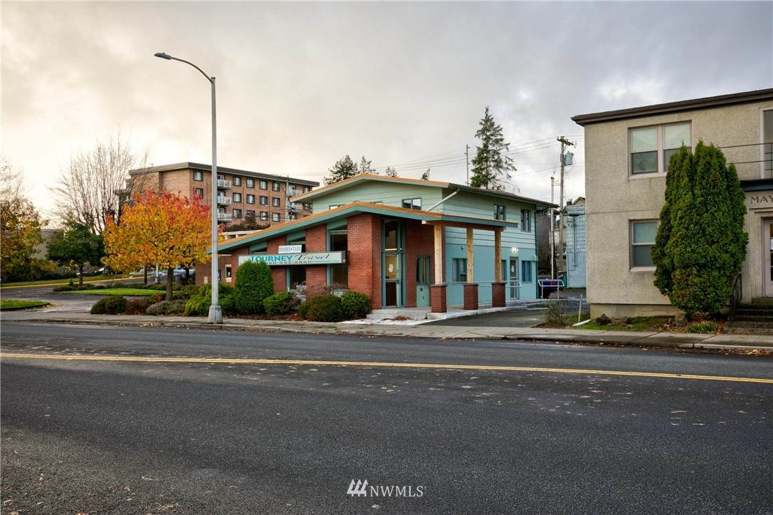 108 1st Street - Photo 1