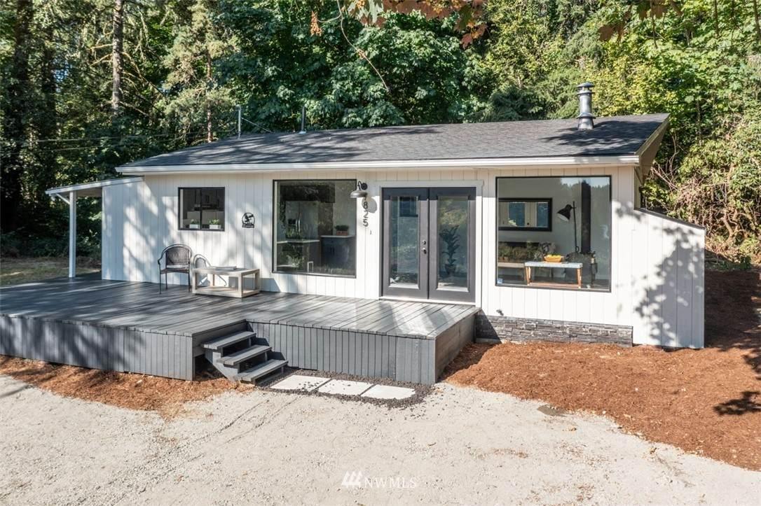 7825 Shore Acres Drive - Photo 1