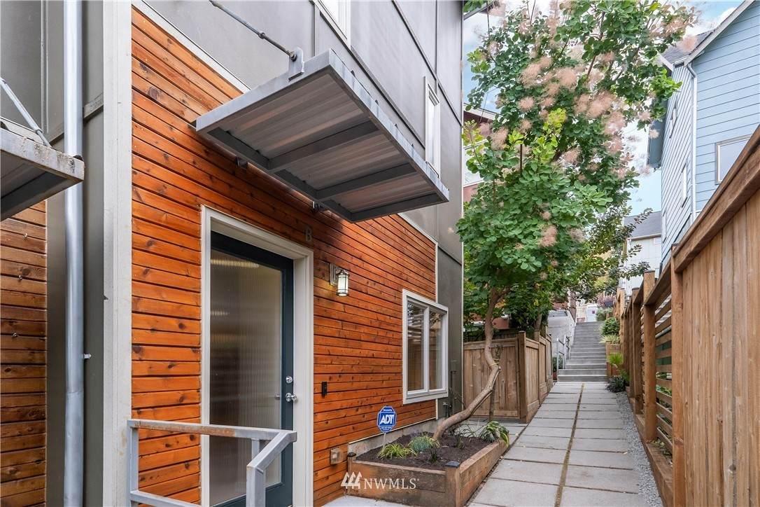 119 27th Avenue - Photo 1