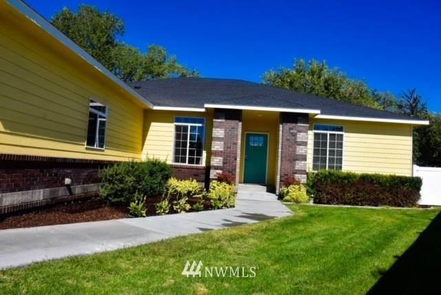 1060 Laguna Drive, Moses Lake, WA 98837 (#1840906) :: Neighborhood Real Estate Group