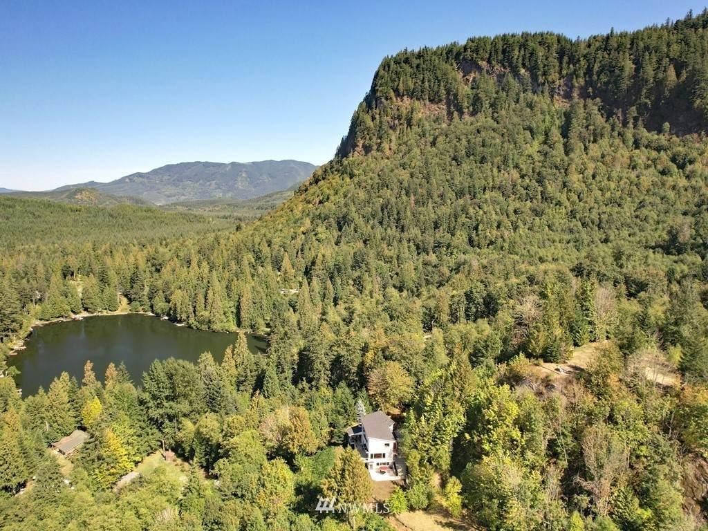 37630 Lake Walker Drive - Photo 1