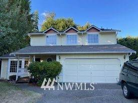 3107 164th Place SE, Bothell, WA 98012 (#1844357) :: Keller Williams Western Realty