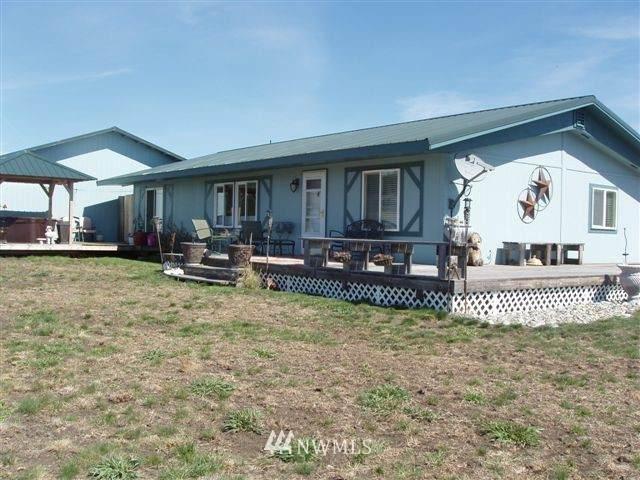 200 Fields Road, Oroville, WA 98844 (#1845356) :: Provost Team | Coldwell Banker Walla Walla