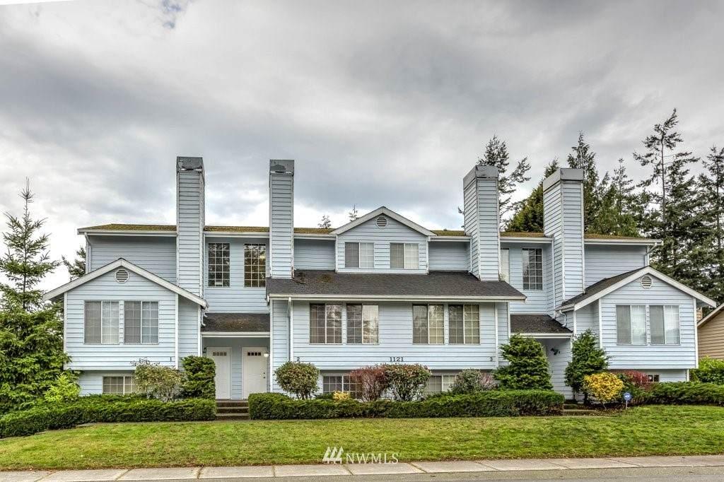 1121 Barrington Drive - Photo 1