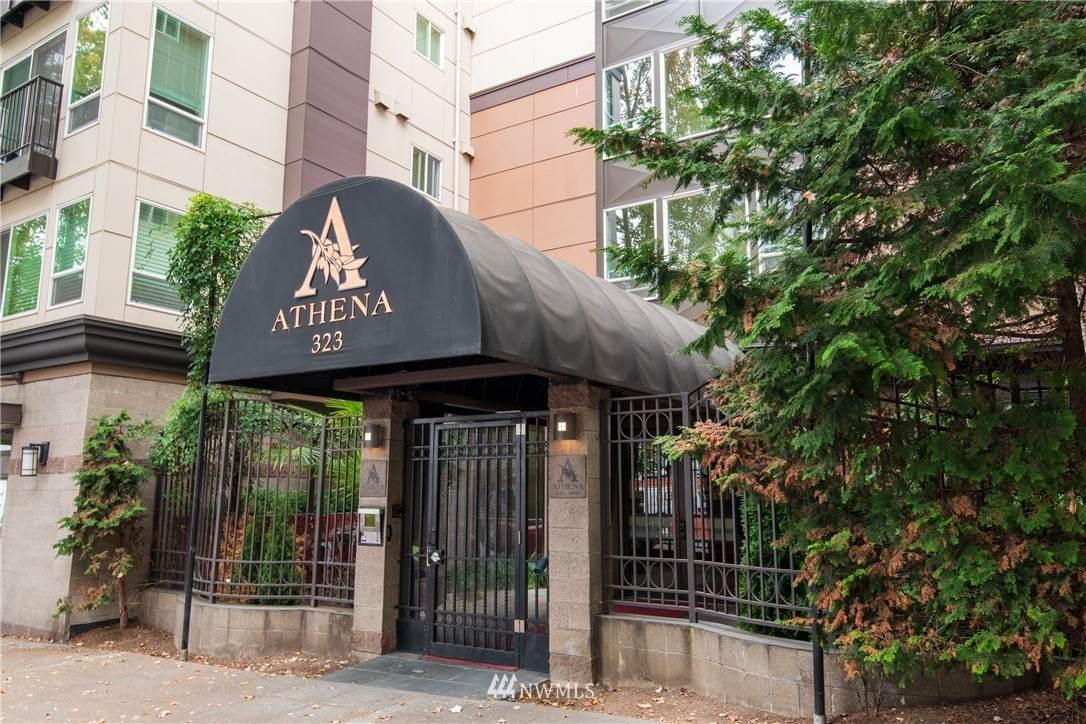 323 Queen Anne Avenue - Photo 1