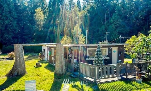 1871 Johnson Road, Point Roberts, WA 98281 (MLS #1849679) :: Reuben Bray Homes