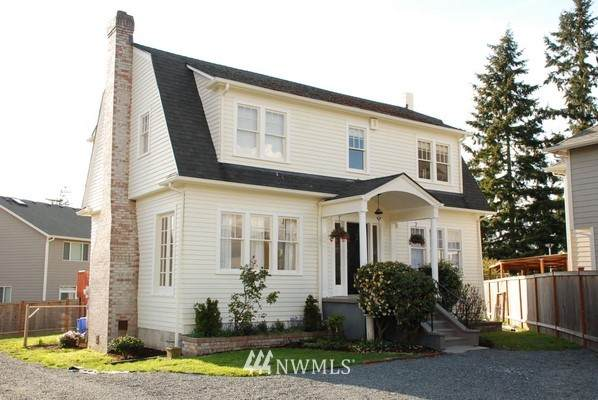 16106 Meadow Road, Lynnwood, WA 98087 (#1852146) :: Neighborhood Real Estate Group