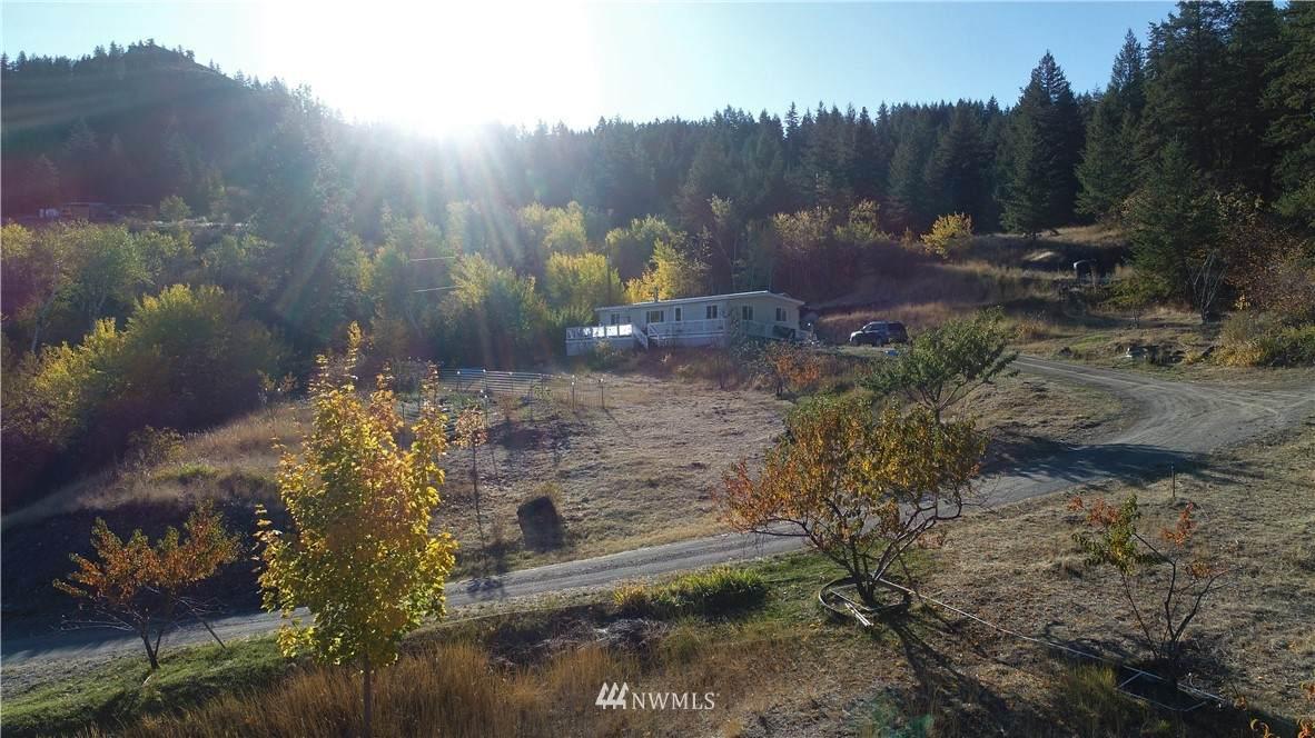 4 Steep Mountain Road - Photo 1