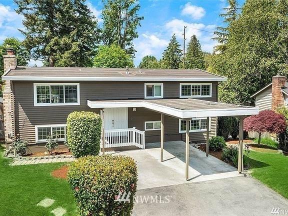 13248 85th Avenue NE, Kirkland, WA 98034 (#1852399) :: Neighborhood Real Estate Group