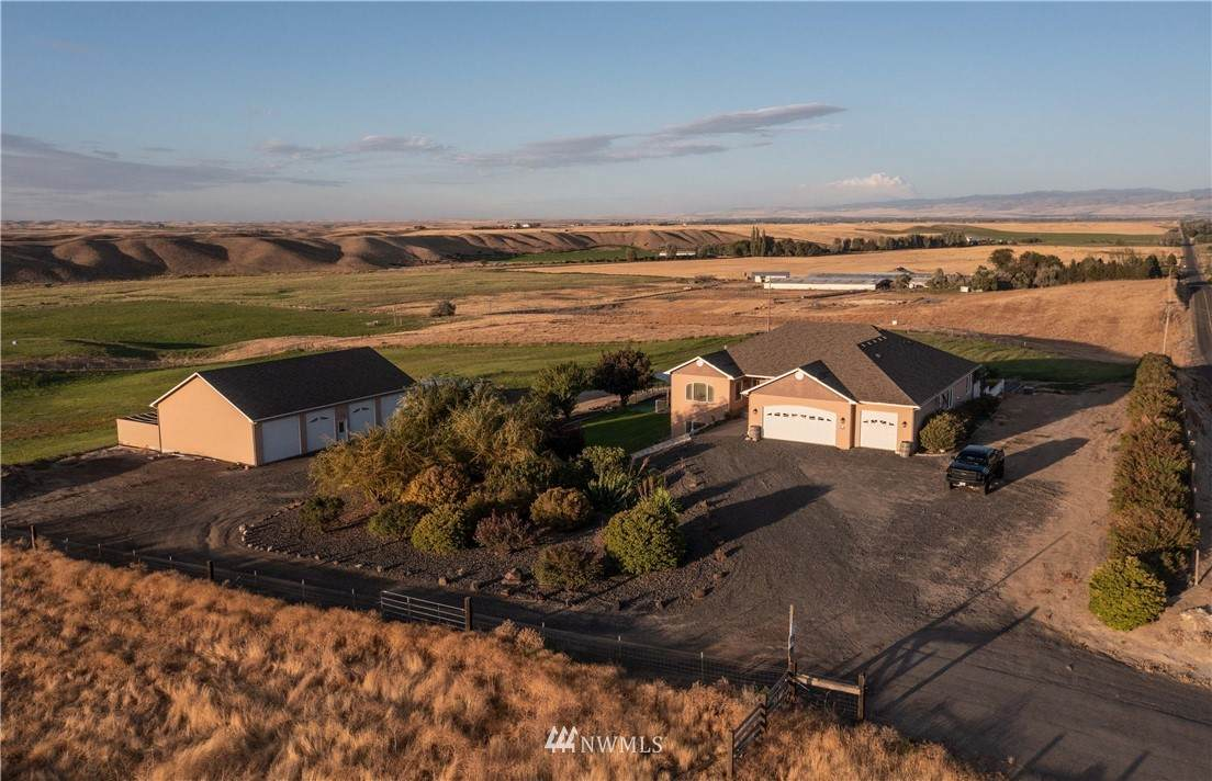 5452 Frog Hollow Road - Photo 1