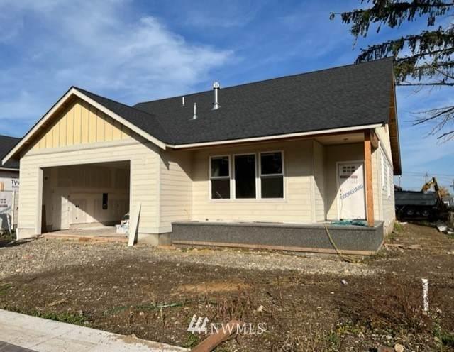 1100 Falcon Court, Everson, WA 98247 (#1855915) :: McAuley Homes