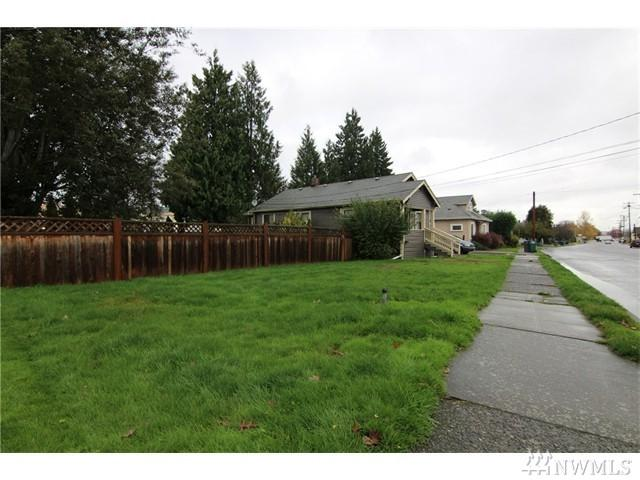 103 Logan Ave S, Renton, WA 98057 (#1056413) :: Better Homes and Gardens Real Estate McKenzie Group