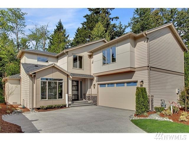 20042 Greenwood Ave N, Shoreline, WA 98133 (#1091528) :: Ben Kinney Real Estate Team